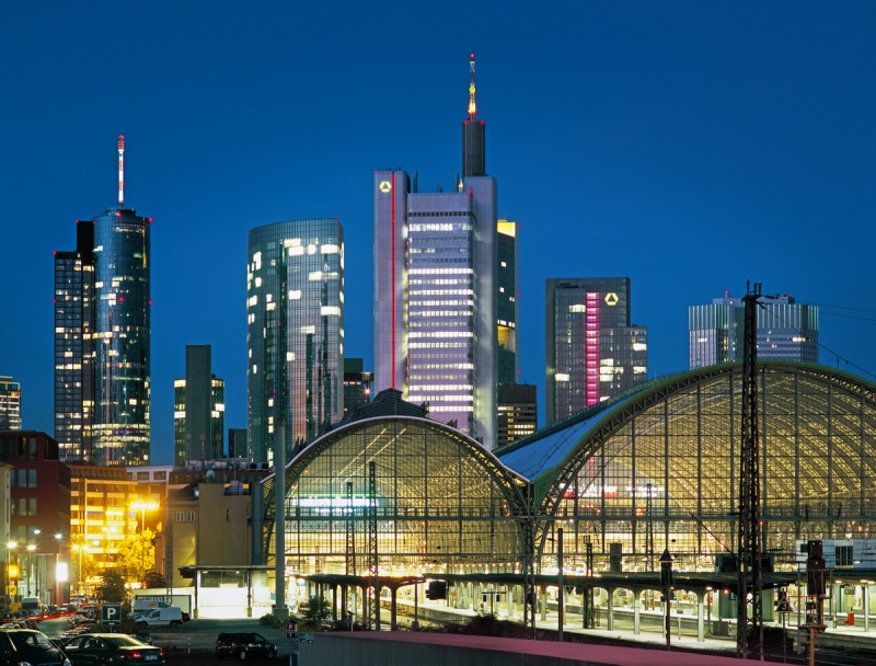 Railway station in frankfurt am main galleries for Innenarchitekt frankfurt am main