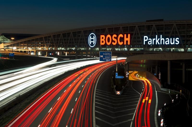 parkplatz haus bosch galerien v tkovice steel. Black Bedroom Furniture Sets. Home Design Ideas