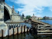 Charles bridge - Pillars reconstruction